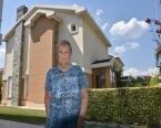 FETÖ ile korkuttukları kadına 5 milyon liralık villasını sattırdılar!