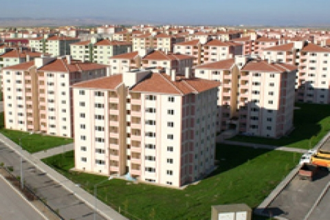 TOKİ'den Diyarbakır Üçkuyular'da