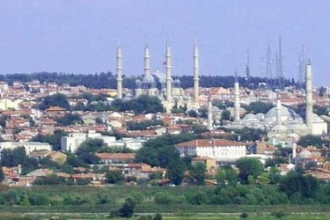 Edirne Belediyesi'nden Karaağaç'ta
