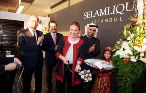 Selamlique, Dubai'de mağaza açtı!
