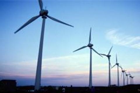 Rüzgâr ve HES yatırımcıları yeni yasayı bekliyor