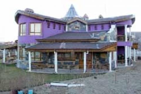 Antalya'da yabancılar için yapılan lüks villa satışları durdu