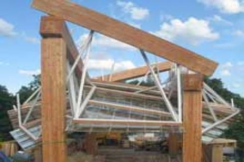 Gehry'nin kıvrımlı pavyonu basın karşısına çıktı