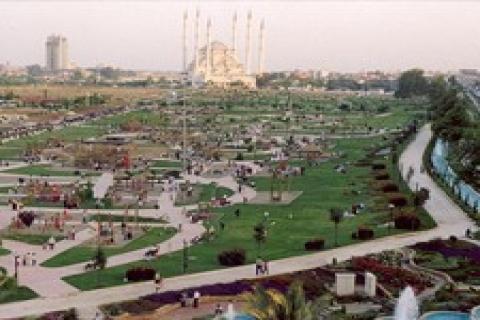 Adana'da ulaşım sorunu 2011'de çözülecek