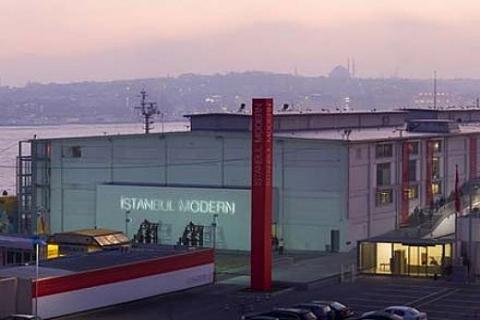 İstanbul Modern Sanat Müzesi Binası için Ertuğrul Günay devrede!