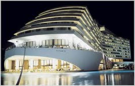 Titanic Oteller Zinciri,