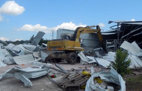 Bursa Osmangazi'de kaçak yapılar yıkılıyor!