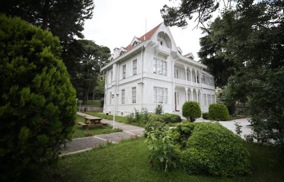 Atatürk Evi Müzesi'nin tapusu sergileniyor!