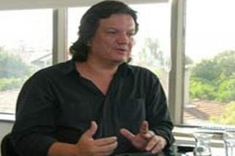 Emre Arolat Dubai'den iki dalda ödülle döndü!