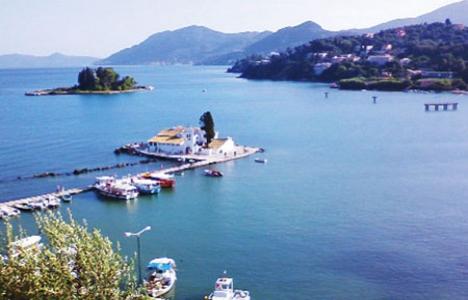 Yunanistan adalarını kiralıyor!