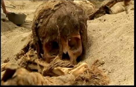 Peru Spor Köyü'nde yapılan kazı çalışmalarında 11 iskelet çıktı!