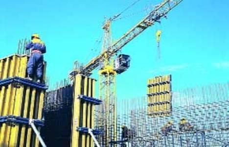 Türk müteahhitler, 2012'de 26 milyar dolarlık proje üstlendi!