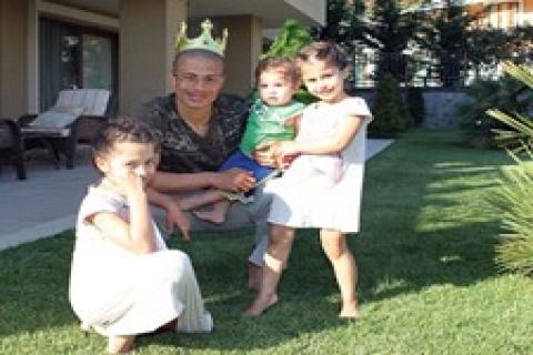 Alex, Acarkent'teki villasının 2 yıllık kirasını peşin ödetti!