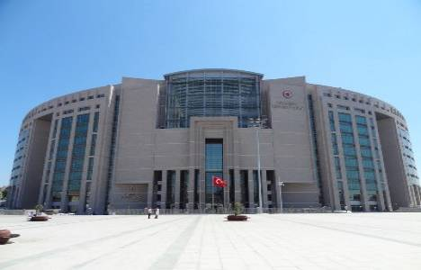 İstanbul Adliyesi, kendi