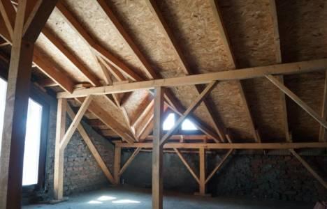 Çatı arası bağımsız bölüm müdür?