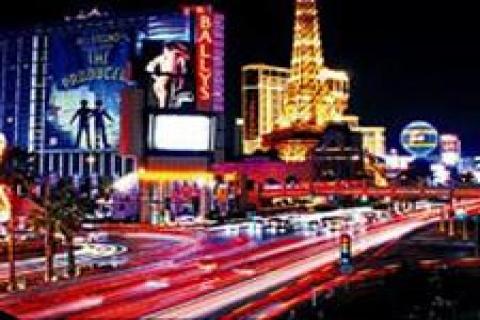Las Vegas'ta 16 büyük otel ve kumarhane inşaatı beklemede