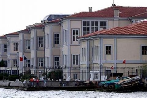 Mimar Sinan Güzel Sanatlar Üniversitesi, müzeyi kurmakta ısrarcı!