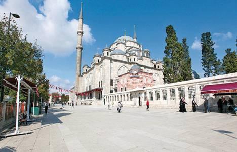 Fatih Cami avlusu yenilenecek!