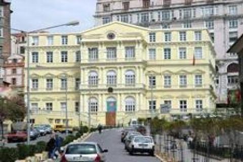 Büyükşehir'in İstiklal Caddesi'ndeki binası otel olacak