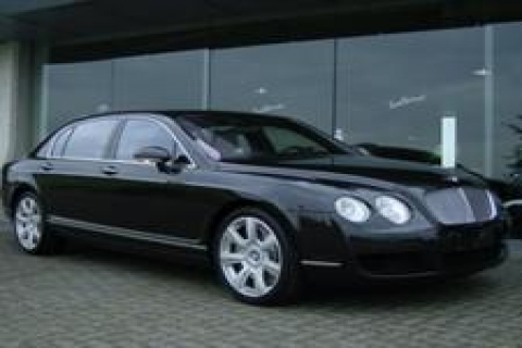 Zeki Tanyeri'nin Bentley'i