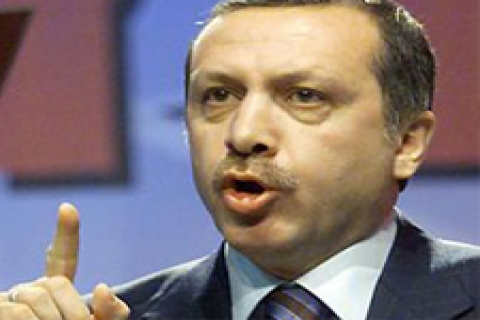 Başbakan Isparta'da konut teslimi yaptı