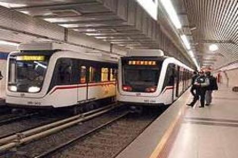 İzmir metrosunda ilk