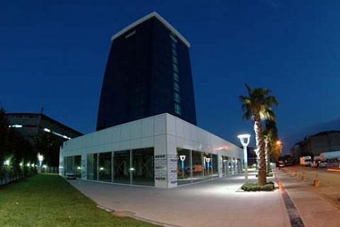 Dragos Park Maltepe'de metrekaresi 2 bin 300 dolara ofis!