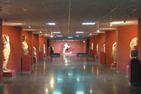 Konya'da icradan 1.1 milyon TL'ye satılık fuar teşhir salonu!