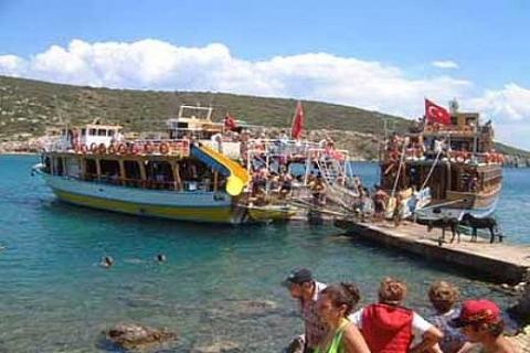 Eşek ve Bulamaç Adaları bizim ama fiilen Yunan işgali altında!