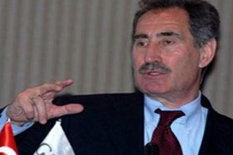 Ertuğrul Günay: İzmir 'de turizm için arsa geliştiremiyoruz!