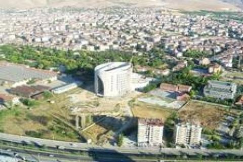 Malatya'da ruhsatsız yapılaşma e-belediye ile önlenecek