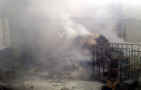 Kütahya Gediz'de fabrika yangını!