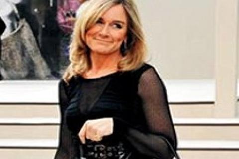 Angela Ahrendts, Burberry'nin mağaza sayısını artıracak