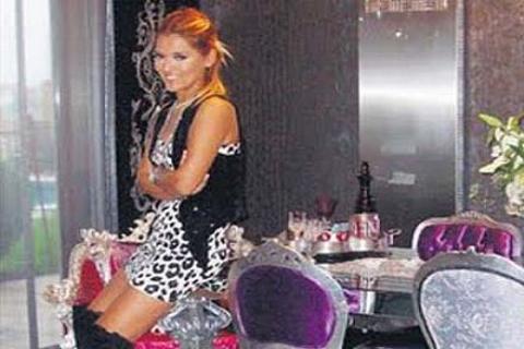 Demet Akalın, Acarkent'teki villasını 1.5 milyon dolardan satıyor!