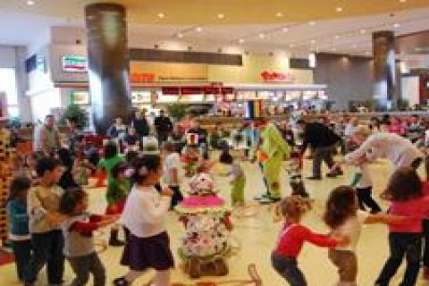 Akmerkez'den çocuklara eğlenceli etkinlikler