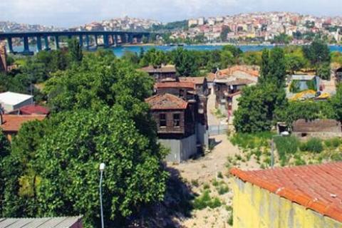 Fatih Belediyesi'nden Ayvansaray'da avan proje iddialarına cevap!