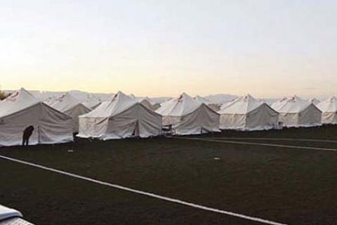 Van'daki çadırkentlerde yönetim