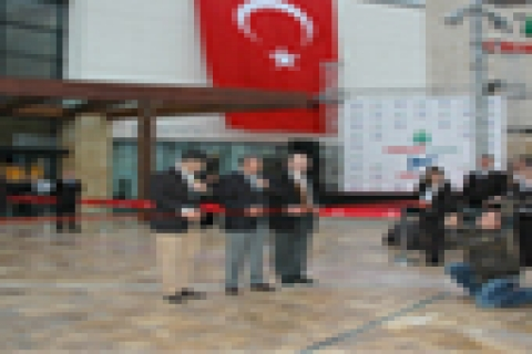 Forum Çamlık Alışveriş  ve Yaşam Merkezi açıldı