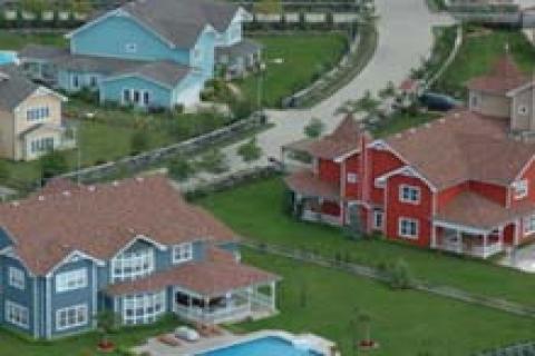 Sunflower Evleri'nde 470 bin dolara ahşap villa