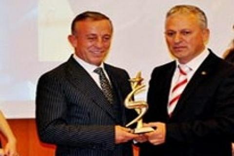 Ali Ağaoğlu, 'En Beğenilen İş Adamı' seçildi!