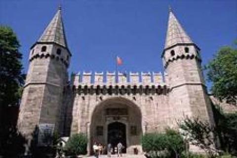 İstanbul'un tarihi eserleri depreme karşı güçlendirilecek