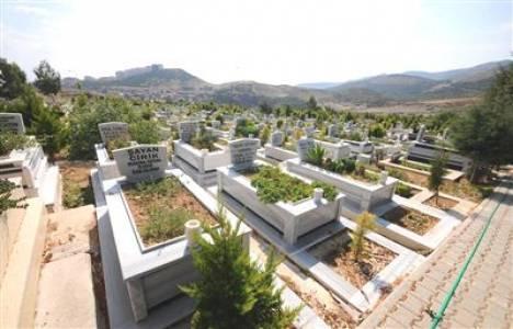 Eyüp Mezarlığı'nın üst yapı imalat işinin ihalesi 22 Eylül'de!