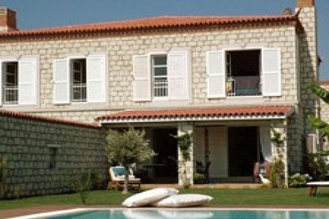 Köy İçi Taş Evler'de 225 bin Avro'ya! Son 2 yazlık!