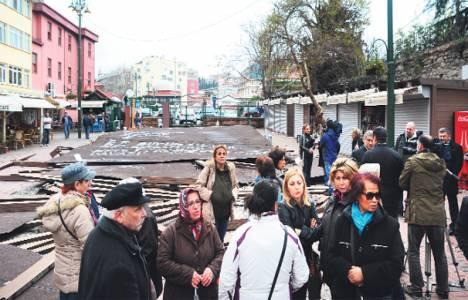 Beşiktaş Kadınlar Pazarı dün gece yıkıldı!