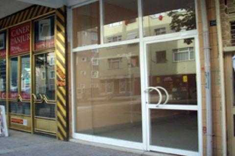 Üsküdar'da satılık dükkânlar