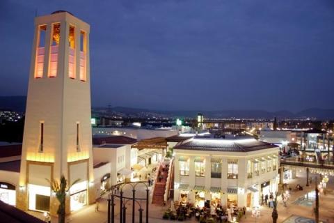 İzmirde 1.8 milyon liraya icradan satılık bina!
