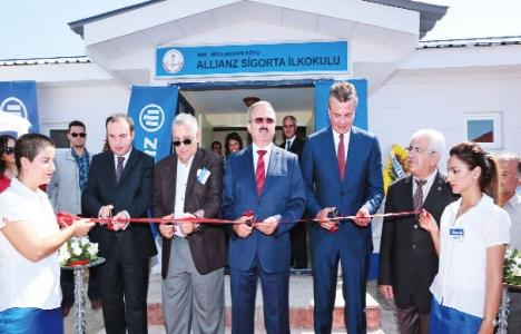 Allianz Sigorta Van'a okul, sağlıkevi ve lojman ile destek verdi!