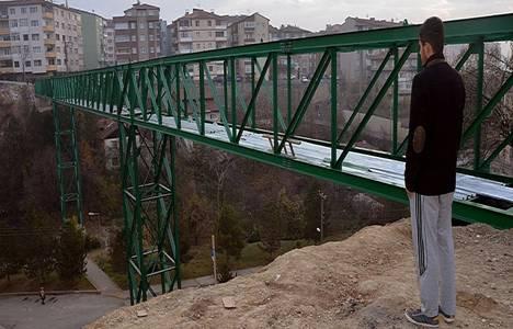 Karabük'te hastane ile 5 mahalle arasına yapılan köprü tamamlandı!