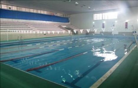 Beylikdüzü'nde yüzme havuzu
