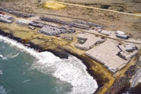Karasu Limanı'nın ana mendirek inşaatı tamamlandı